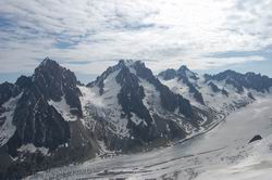 シャルドネ、アルジェンチエール、ツゥールノアール針峰
