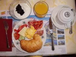ホテルの朝食(バッフェ)